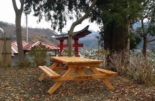 福地八幡神社に桜を奉納&テーブル販売中です