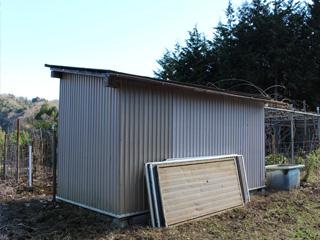 施設 - 農具保管スペース